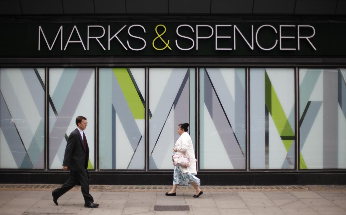 marks and spencer advertising strategy Rebranding marks and spencer the role of communication and the media marks & spencer (media theory) effective communication in everyday life depends on a need for the joint understanding of meaning which derives from actions between participants, on the basis of sending and receiving messages (tarone, 1981 mcquail, 2010.