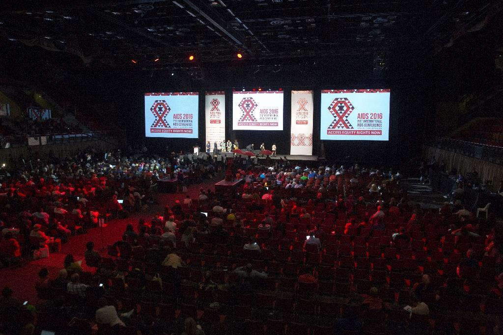 Hundreds of delegates attend the closing ceremony of the International AIDS conference in Durban on July 22, 2016 (AFP Photo/Rajesh Jantilal)