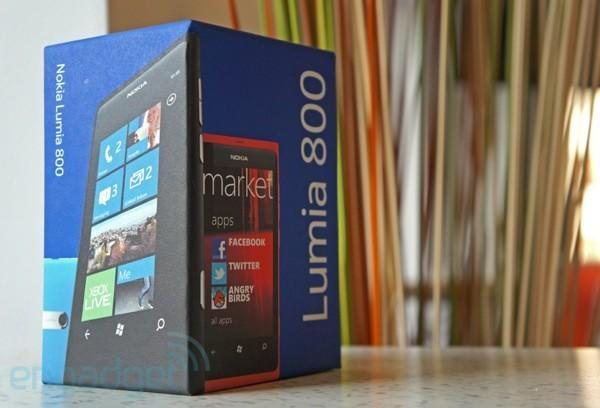 Engadget Giveaway: win a Nokia Lumia 800, courtesy of Quixby!