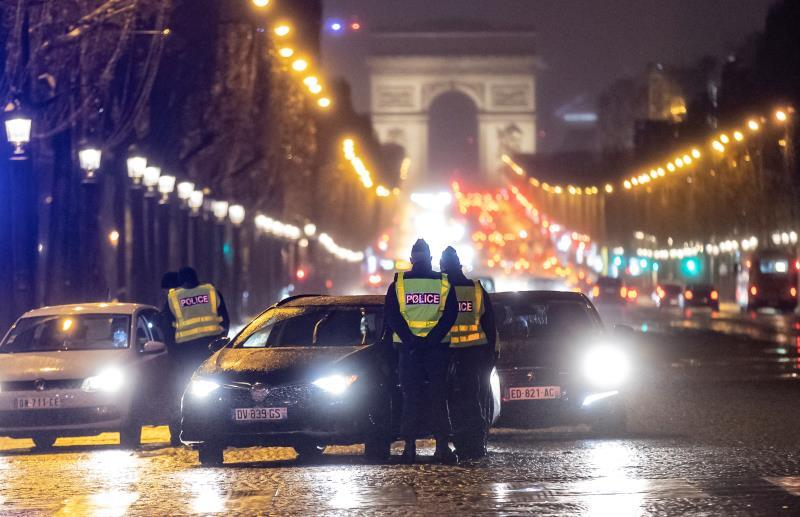 Francia supera las 70.000 muertes por coronavirus