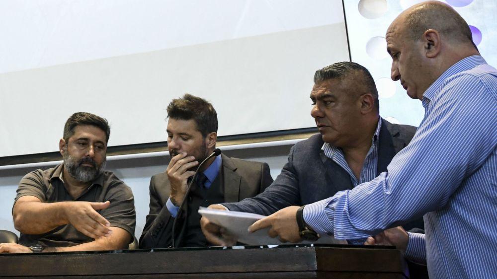"""Tapia: """"Que Messi se quede tranquilo"""""""