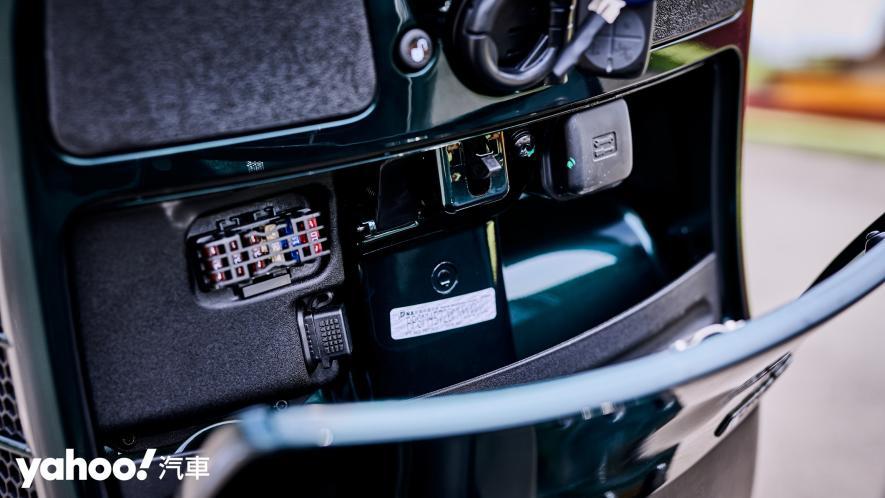 自由誠可貴的二輪時光機!2020 Vespa GTS 300 Racing Sixties城郊試駕! - 11