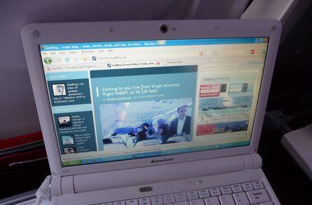 Delta pushes in-flight WiFi plans ahead, Gogo to hit 2,000 planes in 2009