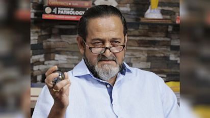 Mahesh Manjrekar Booked for Allegedly Slapping a Man