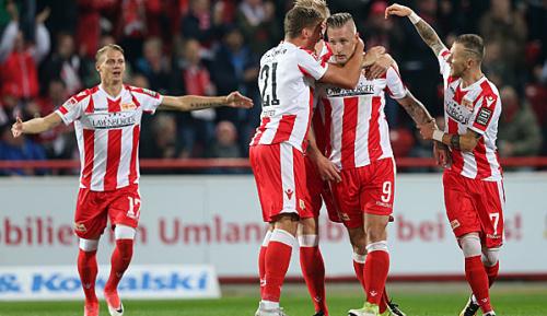 2. Liga: Union zerlegt desolaten FCK