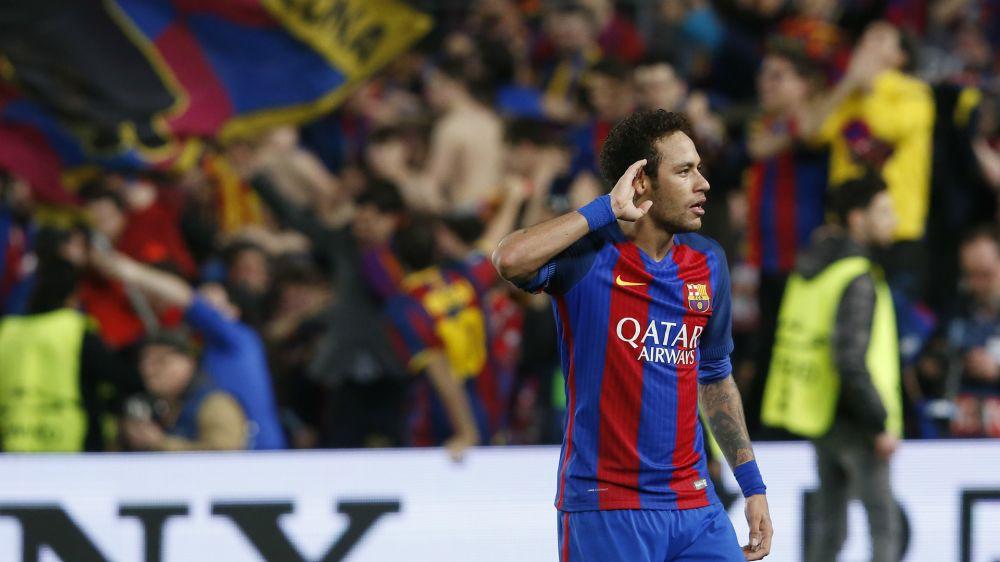 """El Barcelona cuenta con Neymar: """"Está contento con el club y el club, con él"""""""