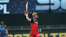 Kohli and De Villiers seal thrilling Super Over win for RCB