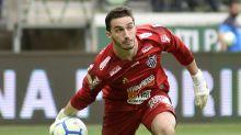 Multa de Cleiton vai cair para R$ 37 milhões em 2020. Atlético tenta valorização