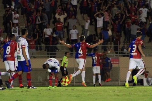 """Após classificação e gafe, Paraná pede respeito para CBF: """"Mostramos nossa força"""""""