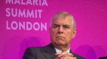 Le prince Andrew sous pression : l'ancien chef de Jeffrey Epstein «coopère pleinement» avec le FBI