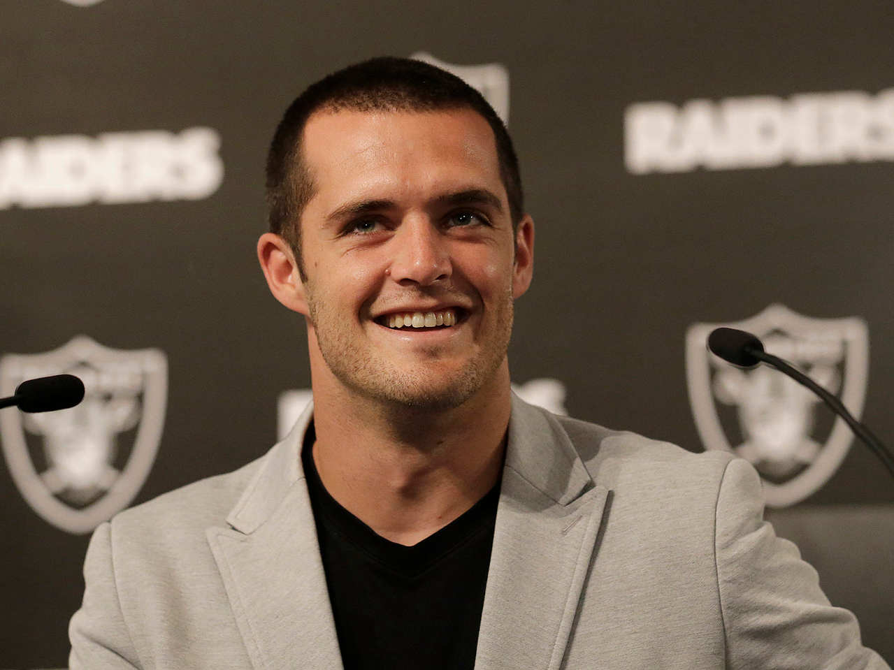 Derek Carr had a great answer to his first purchase after signing