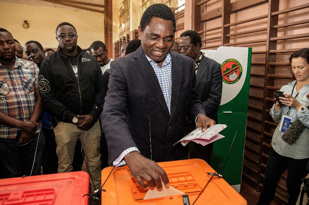 Zambian presidential candidate Hakainde Hichilema of main opposition party United Party for National Development, casts his ballot during the general elections in Lusaka, on August 11, 2016