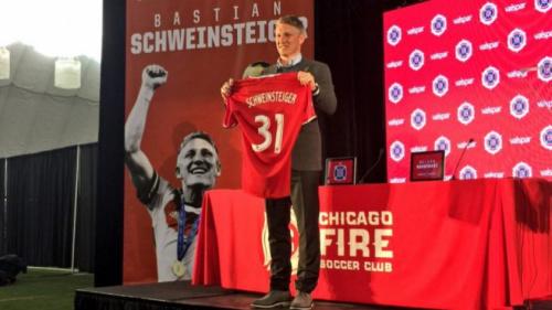 Mourinho reconhece erro com Schweinsteiger: 'Peço desculpas'
