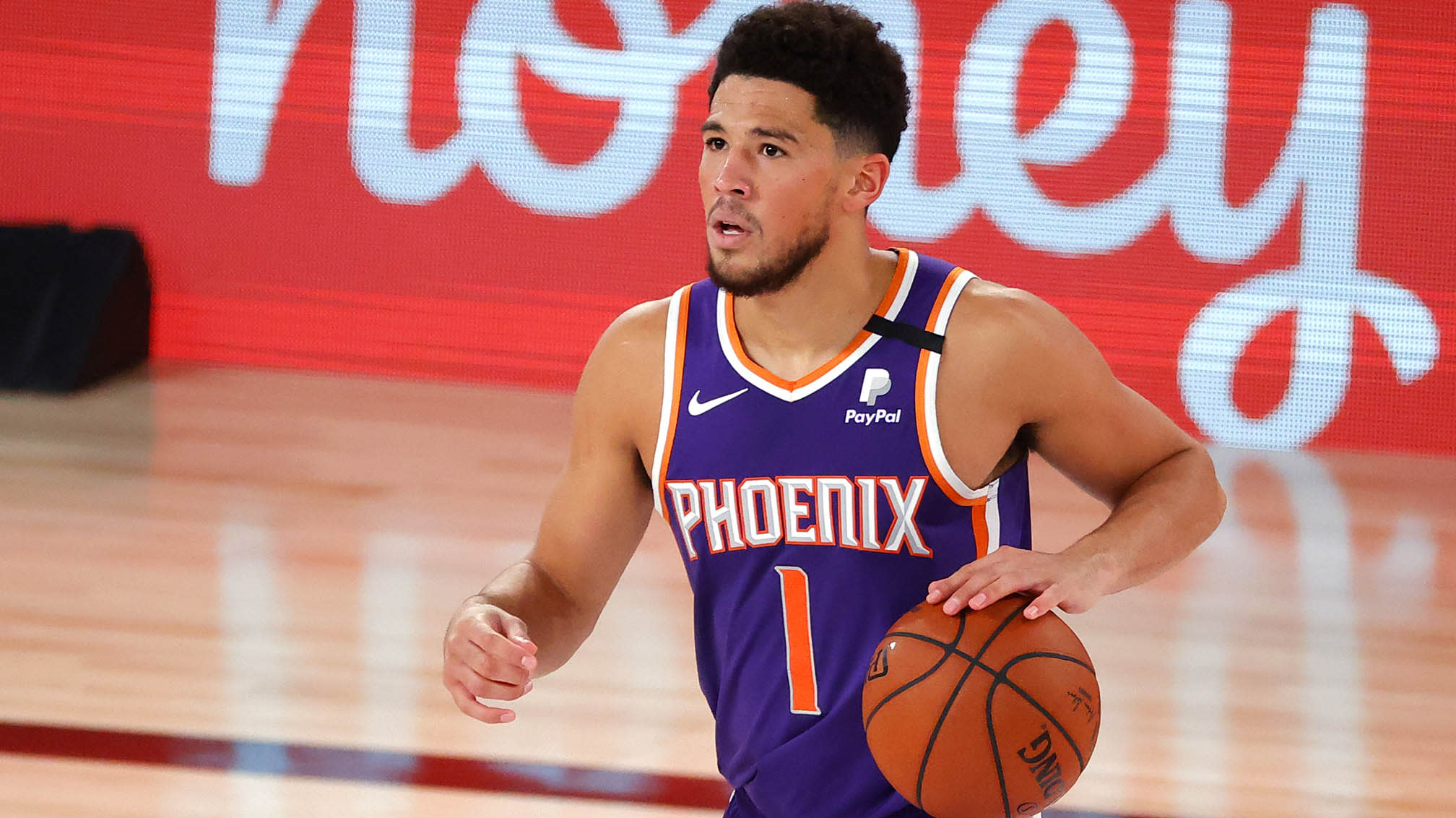 Devin Booker, Suns keep on rolling