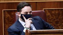 Abascal pregunta a las diputadas de Podemos: ¿Lo ha ordenado el machito alfa?