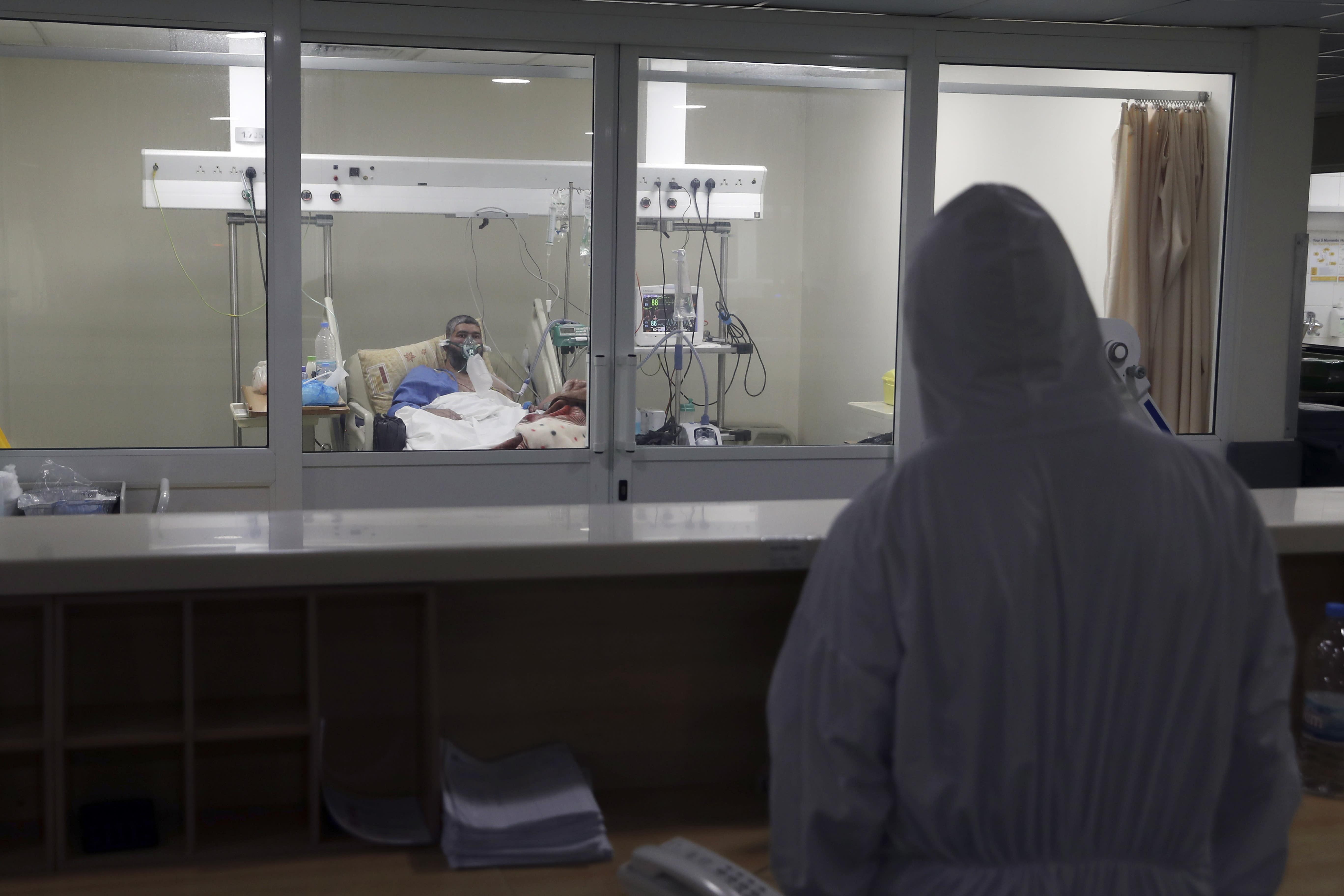 Top Lebanese hospitals fight exhausting battle against virus