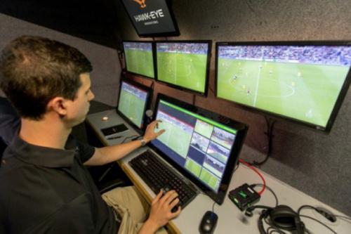 Para Globo, implantar árbitro de vídeo 'demanda tempo' e ajustes