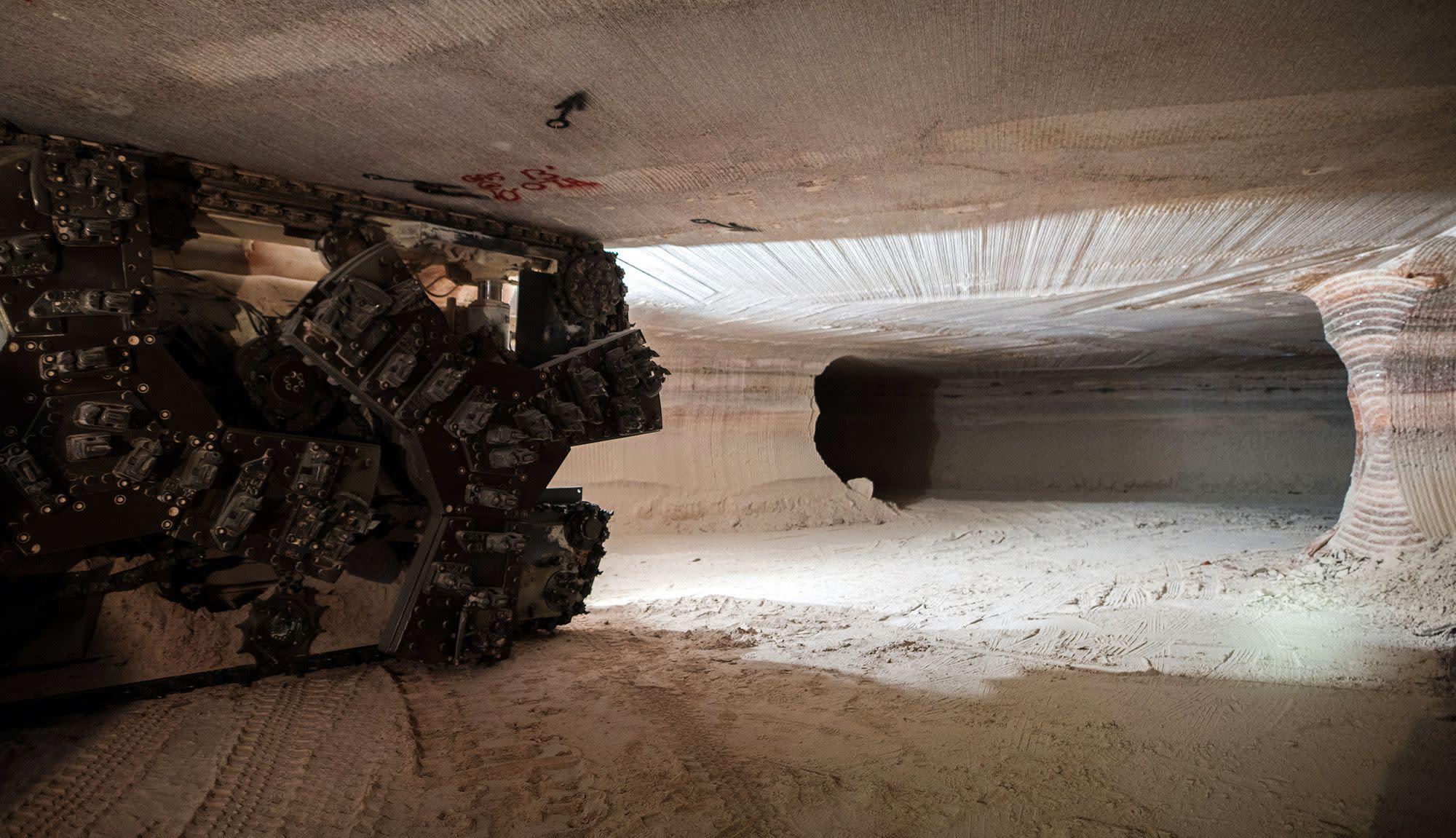 Mosaic Shares Fall After Early Mine Closure Cuts Potash Output