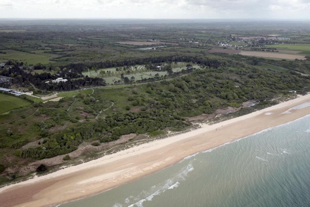 The bomb was found off a section of the northern French coast where the 1944 D-Day landings took place