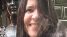 Quién era Paola De Simone, la docente que falleció de coronavirus mientras daba una clase virtual