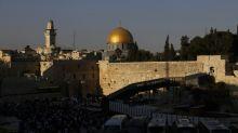 Australia hesitates as Jerusalem embassy move draws fire