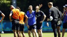 Dutch eye last-16 spot amid ongoing debate over playing style