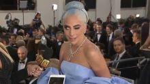 La reacción de Lady Gaga ante el parecido de su vestido con el de Judy Garland la convierten en meme viral