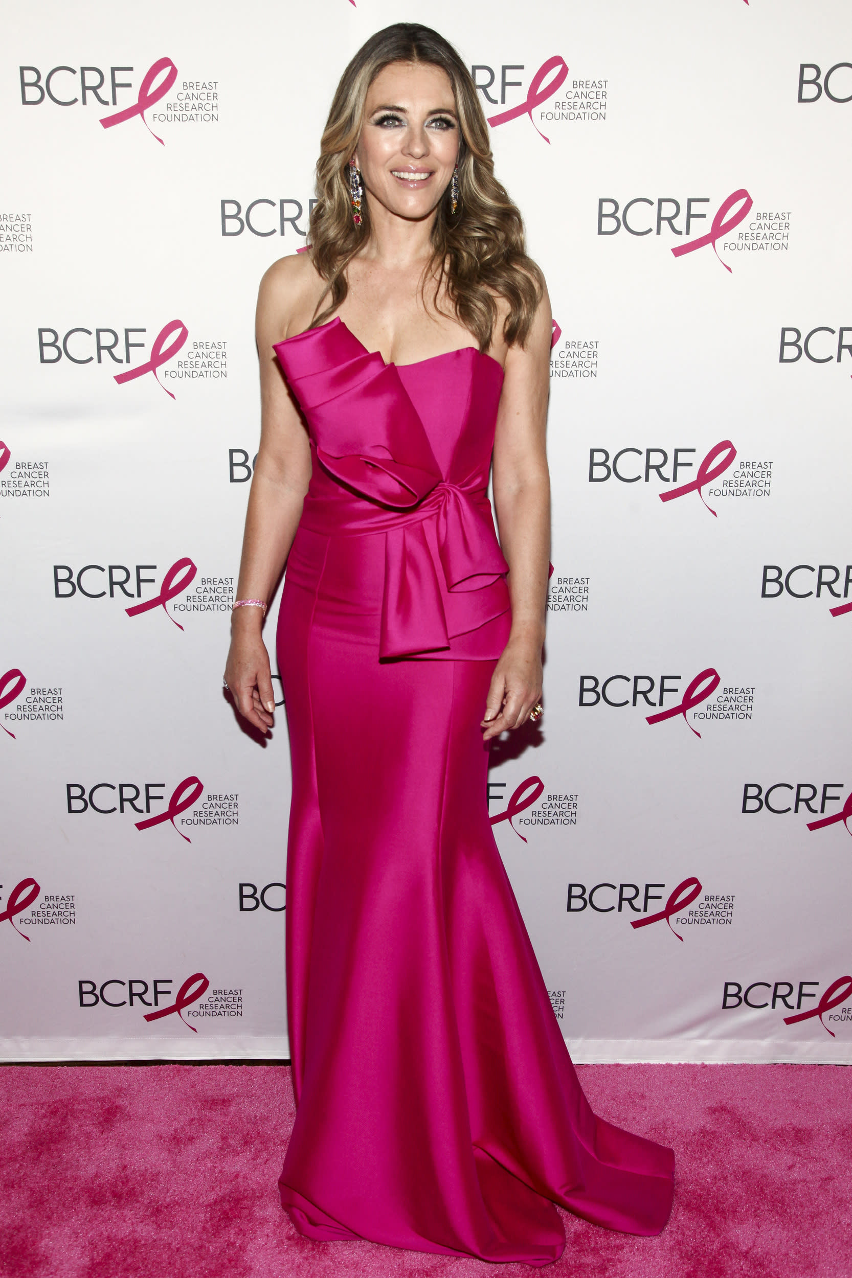 Elizabeth Hurley attends the Breast Cancer Research Foundation's The Hot Pink Party at the Park Avenue Armory on Thursday, May 17, 2018, in New York. (Photo by Andy Kropa/Invision/AP)