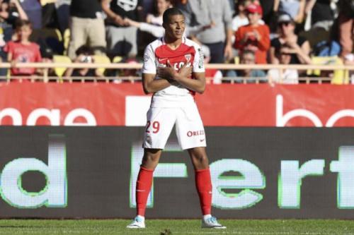 Jemerson falha, Mbappé faz mais um e colabora em triunfo do líder Monaco