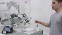 ABB: studenti in fabbrica per vedere il lavoro del futuro