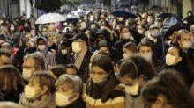 A Conflans-Sainte-Honorine, des milliers de personnes rendent hommage à Samuel Paty