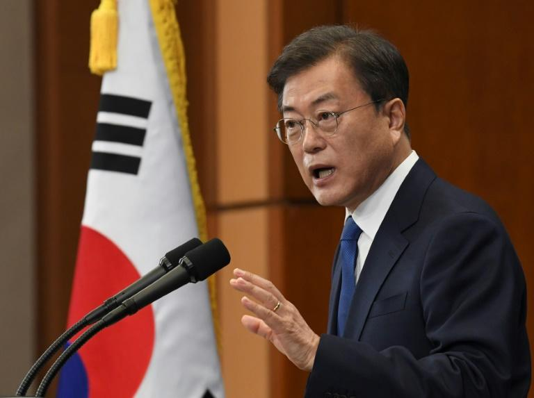 Moon Jae-in has called for another meeting between US President Donald Trump and Kim Jong Un before the US presidential election in November (AFP Photo/KIM Min-Hee)