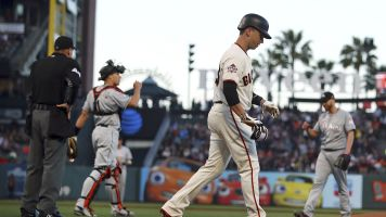 Giants, Marlins beanball war for dumb reason