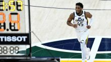 Jazz comeback overshadowed by Mitchell scare