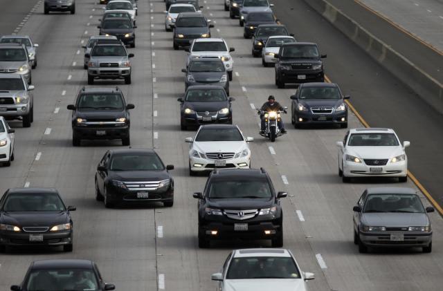 US issues final rules halting increase of fuel efficiency penalties