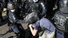 """Proposition de loi sur la """"sécurité globale""""  : une attaque contre """"les personnes qui documentent les violences policières"""", dénonce Amnesty international"""