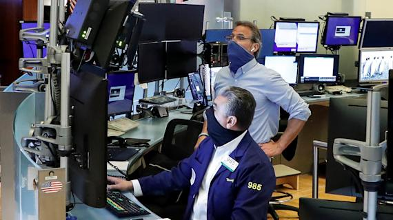 Tech takes it on the chin, driving Nasdaq to 7-week low