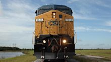 CSX sells 220 miles of track to Canadian National