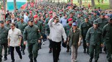 """La nueva amenaza de Maduro: ordenó a los militares capturar a los """"traidores"""""""