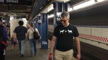 【多圖】紐約地鐵規定狗狗必須入袋才可進入?