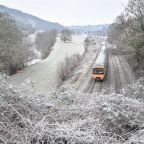 UK weather forecast: Deep freeze as warnings issued over snow and ice