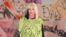 Model mit 72: Blondie-Sängerin Debbie Harry rockt den Lauftsteg