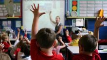 Children should count on their fingers to learn maths, study suggests
