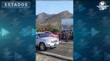 Con fusiles de asalto, así se movilizan grupos armados en Buenavista, Michoacán