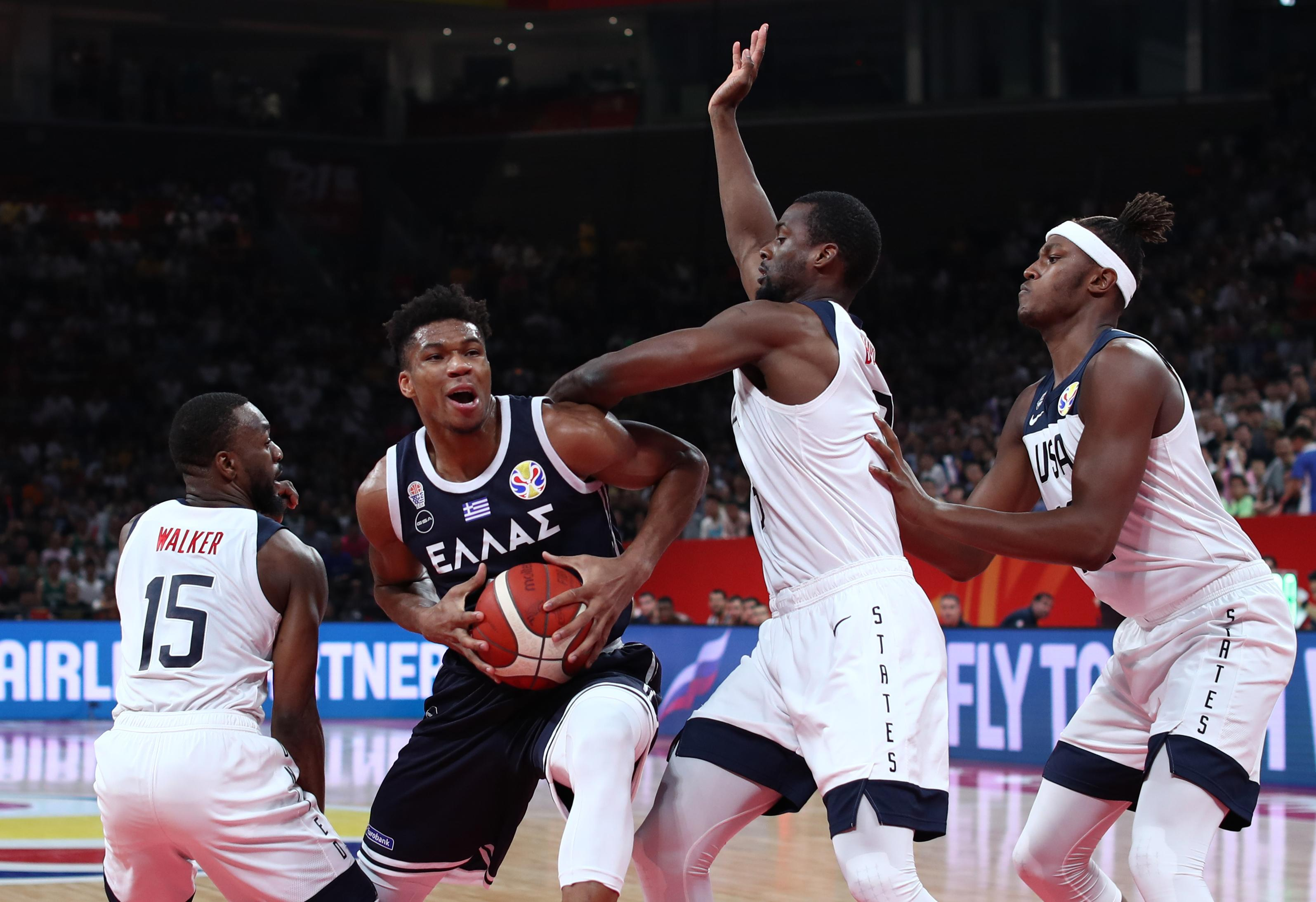 2019 FIBA World Cup: Tempers flare after Team USA rolls over Greece - Yahoo Sports