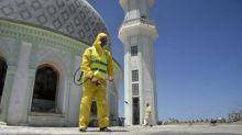 Covid-19 : l'Algérie décide de rouvrir progressivement les mosquées et les plages