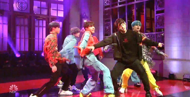 K-Pop Sensation BTS Debuts 'Boy With Luv' In Historic ...