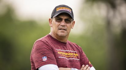 Rivera 'beyond frustrated' by unvaccinated players