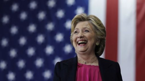 Conservative Arizona paper endorses Clinton