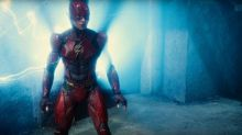 DC's 'Flash' movie lacks director, but its cast members are bonding